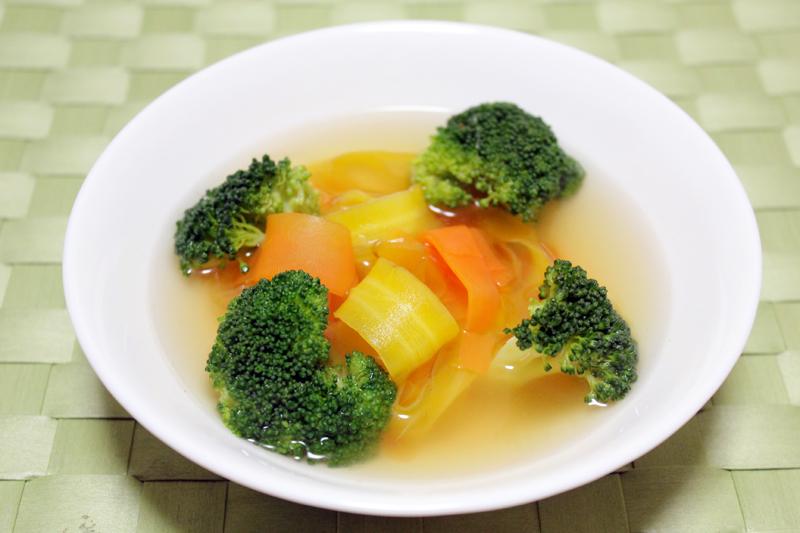 島ニンジンのリボンスープ