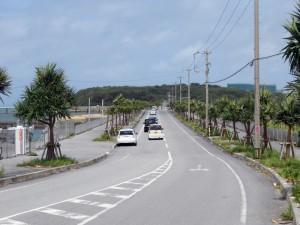 写真2/国道331号と瀬長島をつなぐ海中道路