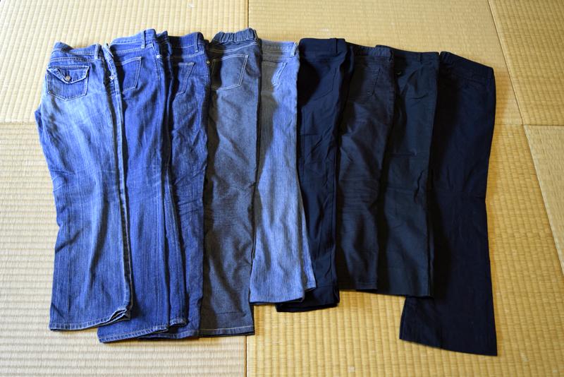 処分できず、気が付けば似たようなジーンズが何枚も。たんすの肥やしに