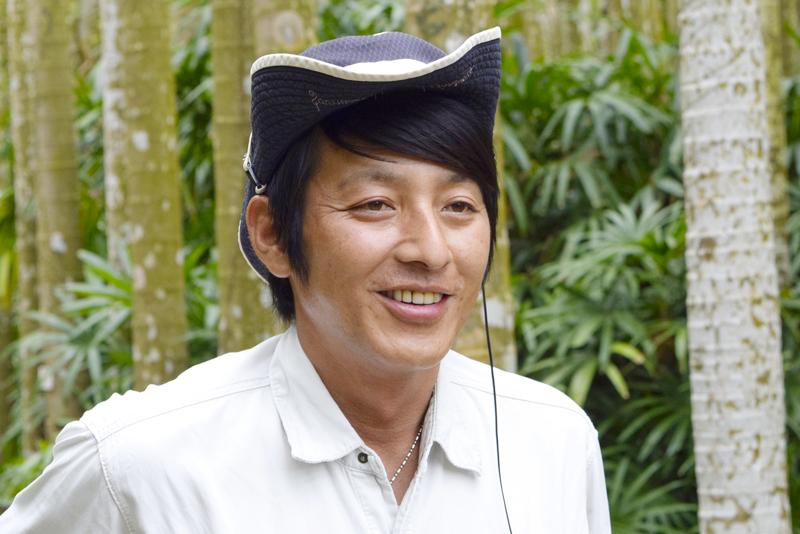 東南植物楽園のガイドマスター:飯村俊宏氏