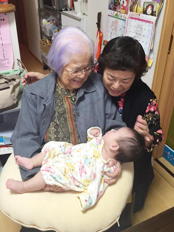夫のお母さんと92歳のおばあちゃん!